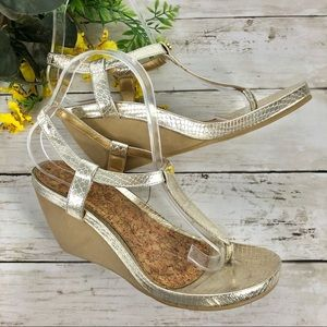 Chaps • Gold & Tan T-Strap Wedge Sandals